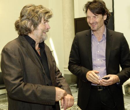 Reinhold Messner und Dr. Nicolas Bissantz auf dem 3. Executive-Forum von Bissantz & Company am 27.05.2011 in Berlin.