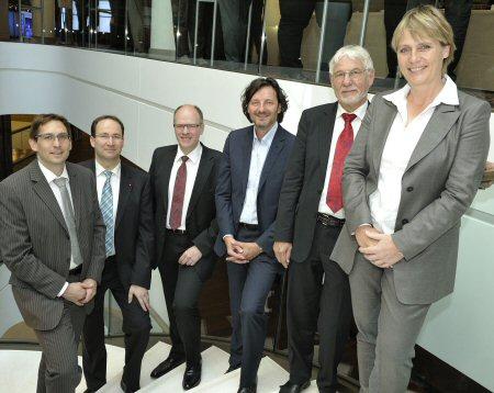 Matthias Kauffmann (Porsche), Volker Hagemann (Leica Camera), Uli Drautz (Bechtle), Dr. Nicolas Bissantz, Professor Dr. Dr. Gerhard Roth und Jutta Kleinschmidt.