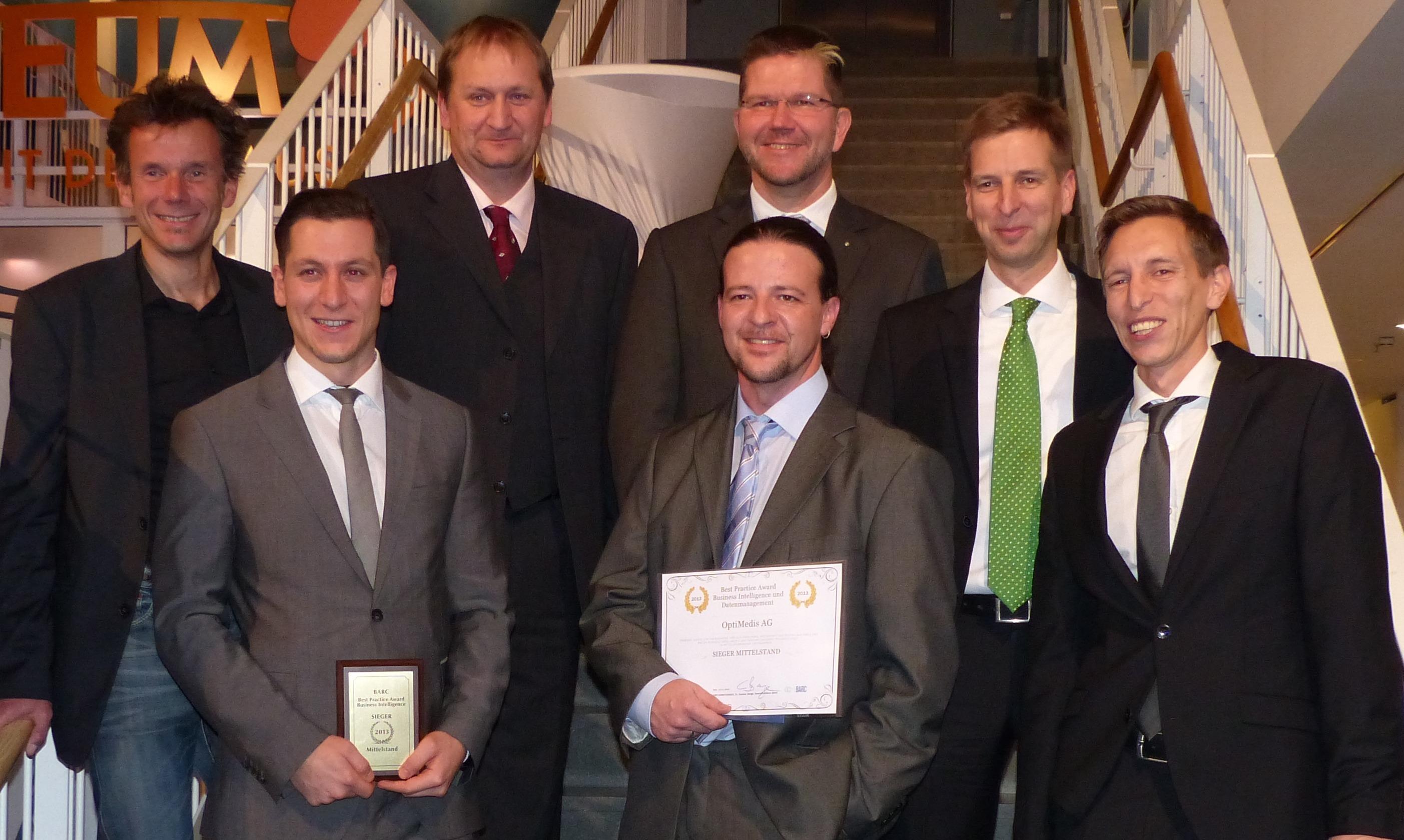 BARC Best Practise Award BI 2013 - Sieger: Gruppenbild OptiMedis und BARC